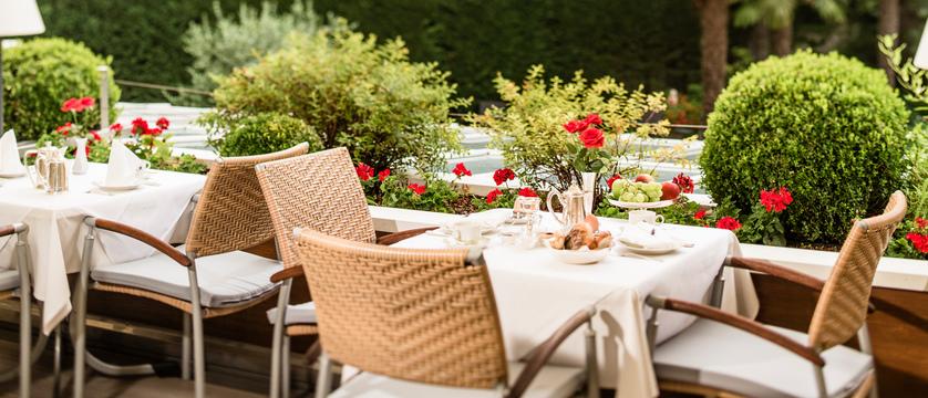 Hotel Meranerhof, Merano, Italy - terrace.jpg